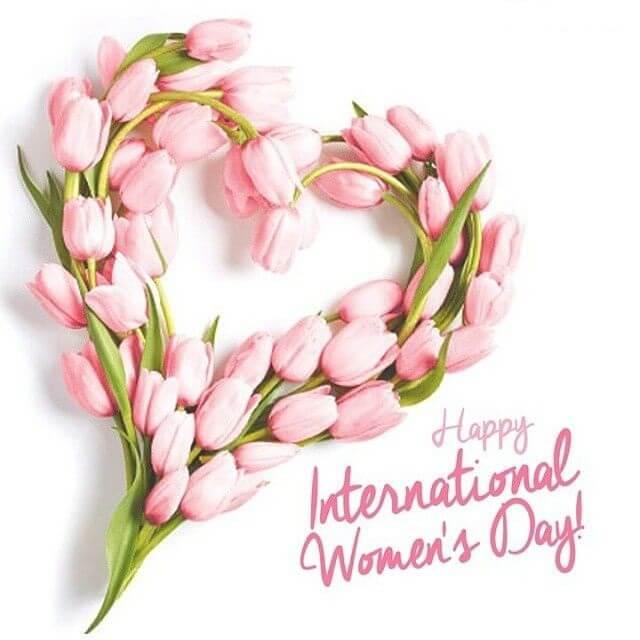 Imagen de un corazón con flores Feliz día internacional de la Mujer